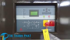 màn hình thể hiện thông số máy nén khí Fusheng
